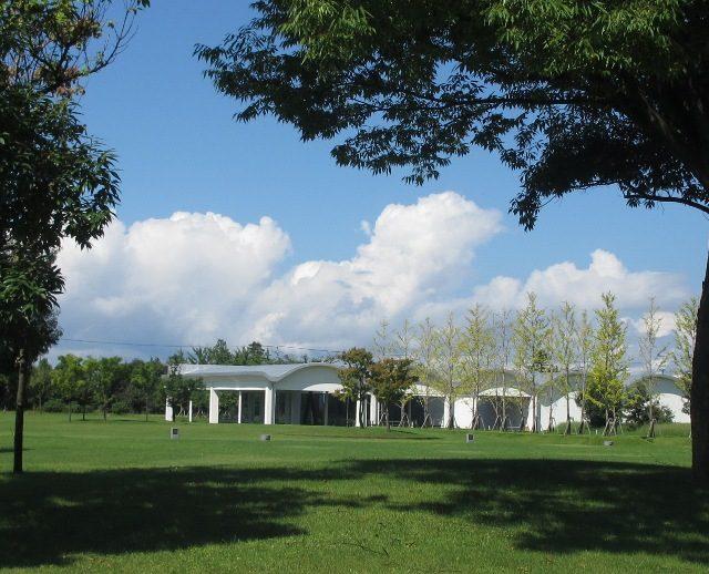センターパーク風景(丸屋根)